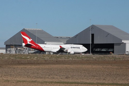 Qantas 747-400ER VH-OEJ outside the hangar at Avalon Airport after heavy maintenance