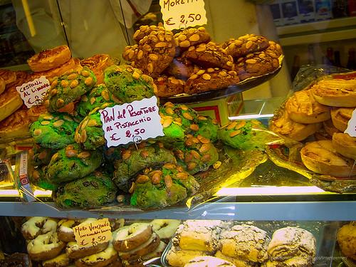 Bakery witth Pistachio bread, Venice