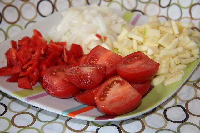 vegetales cortados para el sofrito