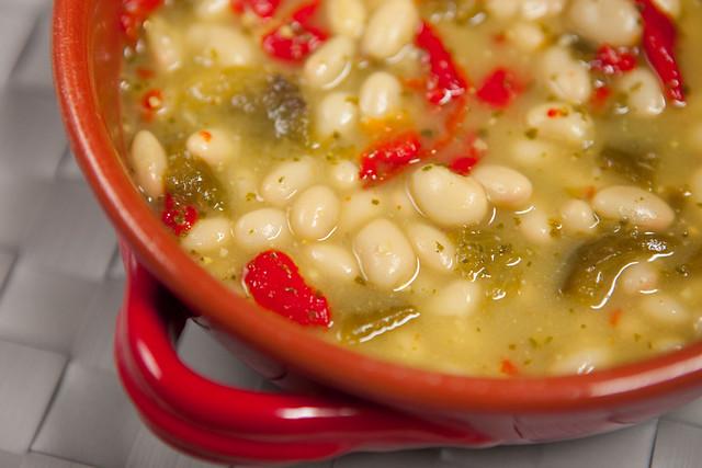 Pesto Roasted Pepper White Bean SoupIMG_5094