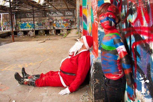 Christmas Bodypainting (there is a real santa) by Eva Rinaldi Celebrity and Live Music Photographer