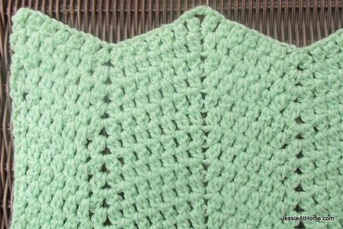 Faded-Ripple-Free-Crochet-Pattern-Sport-Weight