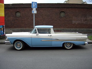 Ford_Ranchero_1958_side_2006-04-08_A