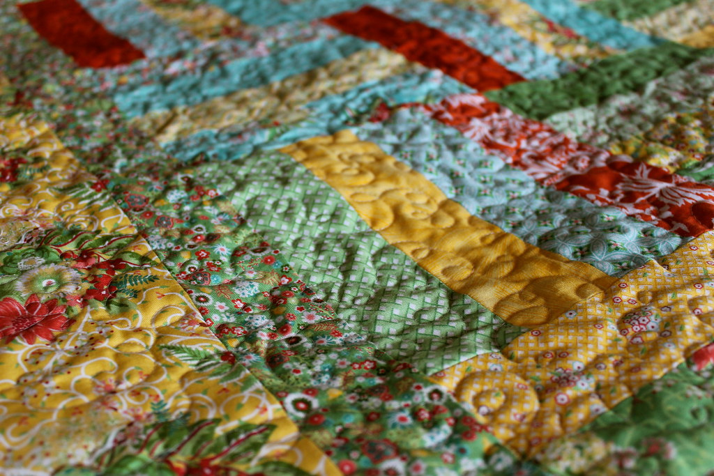Quilting on Flora Quilt