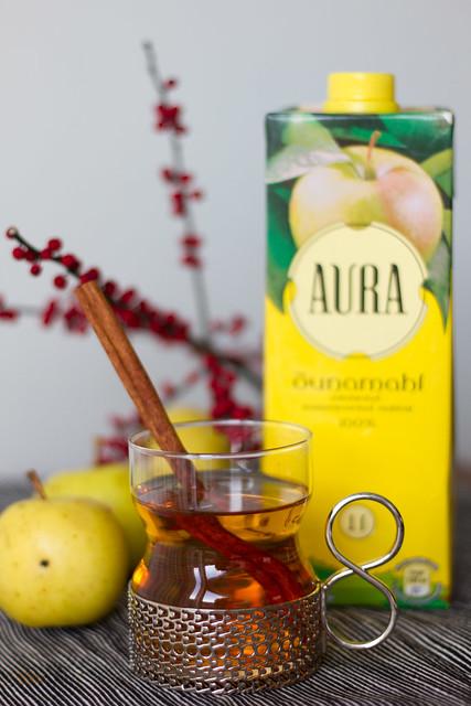 Omenaglögi. Mulled apple drink. Vürtsidega õunaglögi, alkoholivaba.