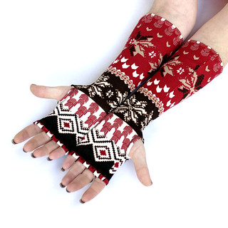 Red christmas Arm Warmers , fingerless gloves , mittens , cuffs , hand warmers, Snowflakes, holliday gift