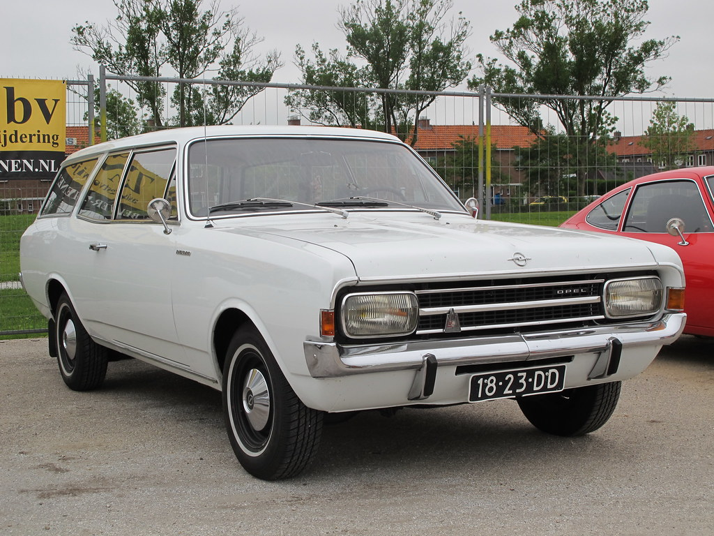 1000 images about opel rekord c commodore on pinterest. Black Bedroom Furniture Sets. Home Design Ideas