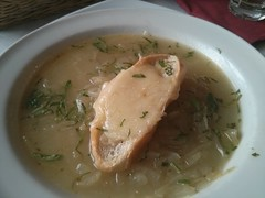 cream of mushroom soup(0.0), produce(0.0), clam chowder(0.0), food(1.0), dish(1.0), broth(1.0), soup(1.0), cuisine(1.0),