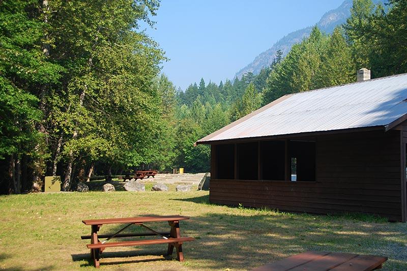 Atnarko River Fisheries Pool Campground, Tweedsmuir South Provincial Park, Chilcotin, British Columbia, Canada