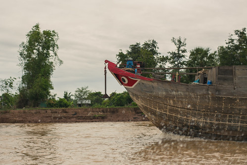 "travel water zeiss canon 50mm asia cambodia mark iii 14 5d mekong ze planar mark3 bassac kandal ""phnom zeissplanar50mmf14 penh"" canon5dmarkiii {vision}:{outdoor}=0939 {vision}:{sunset}=0589 rokarchuor"