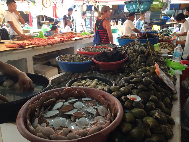 d*talipapa fish market