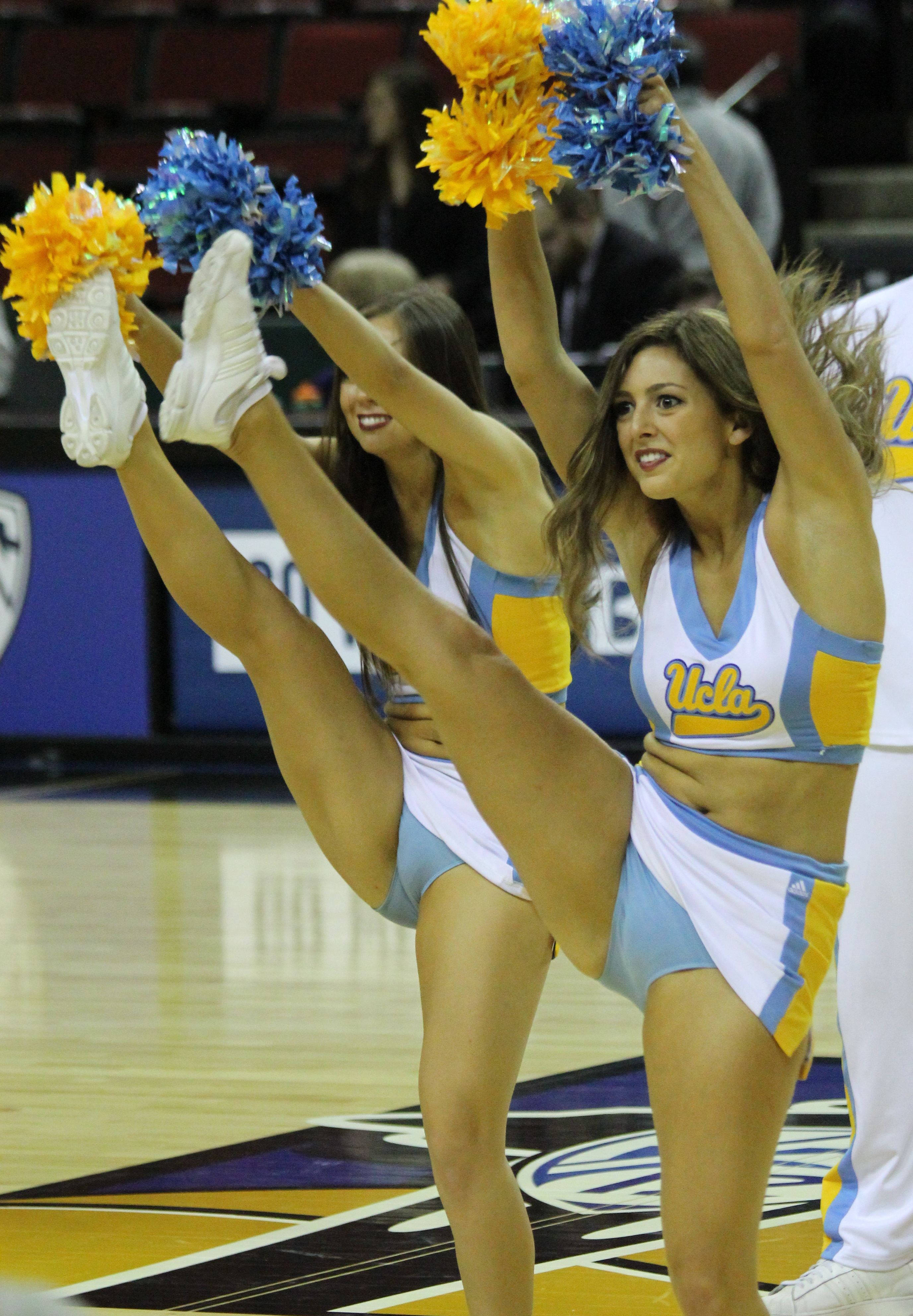 College cheerleader leg kicks pantyhose adult images