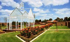 greenhouse(0.0), botanical garden(0.0), orangery(0.0), estate(0.0), backyard(1.0), outdoor structure(1.0), garden(1.0), pavilion(1.0), residential area(1.0), lawn(1.0),