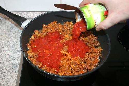 35 - Mit Tomaten ablöschen / Add tomatoes