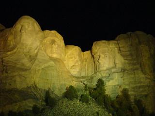 72 Rushmore avond