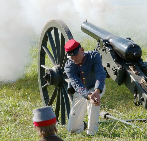 Firing a Confederate Cannon