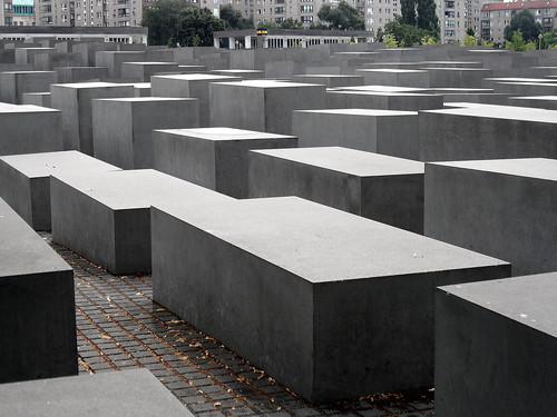 Denkmal für die ermordeten Juden Europas (Holocaust-Mahnmal) Berlin-Mitte, Juli 2013