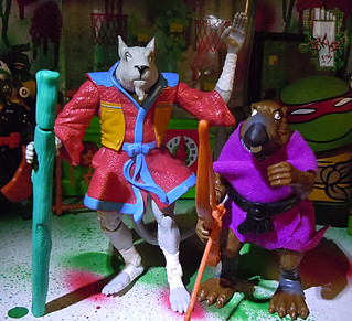 TEENAGE MUTANT NINJA TURTLES - CLASSIC COLLECTION :: 'RETRO' SPLINTER xxii // .. with '97 NT: The NEXT MUTATION Splinter (( 2013 ))