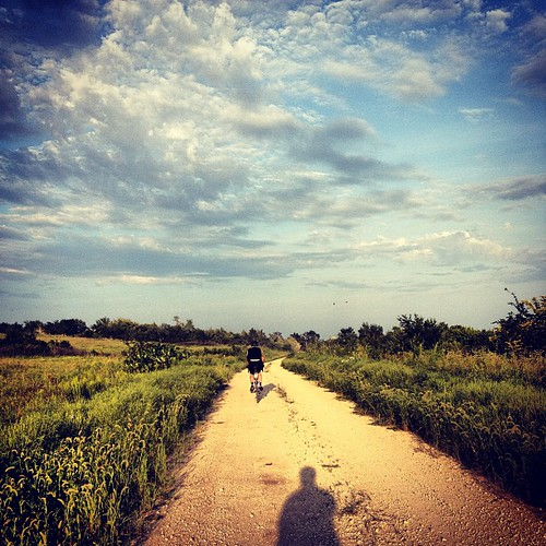 First Gravel Road Ride #manhattanks #littleapple