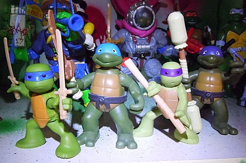Nickelodeon  TEENAGE MUTANT NINJA TURTLES :: NINJAS in TRAINING, LEONARDO & DONATELLO xviii // ..  with '04 TODDLER TURTLES; Leo & Don (( 2013 ))