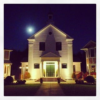 A full moon is waxing its way toward Seabrook tonight. #fullmoon#moon#seabrookwa#washingtoncoast#townhall#sunsetideatown @sunsetmag @seabrookwa #benjaminmoore#graysharborcounty