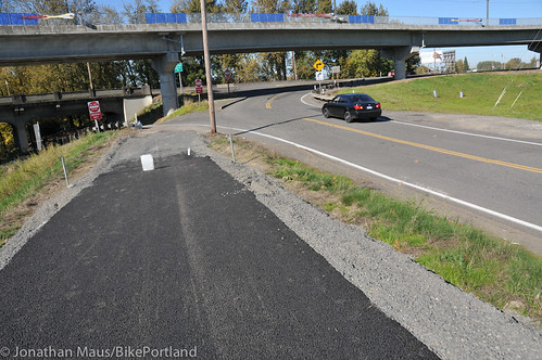 New section of Columbia Slough path-17