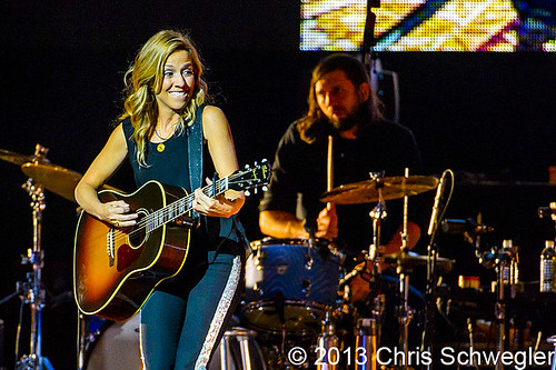 Sheryl Crow - 10-25-13 - Free And Easy Tour, The Palace Of Auburn Hills, Auburn Hills, MI
