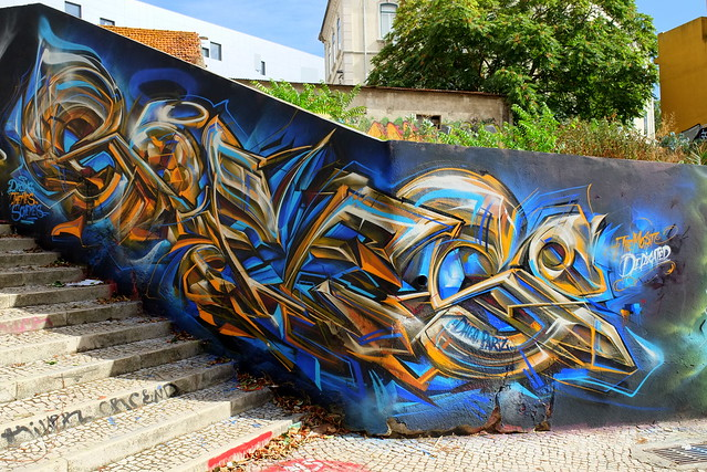 graffiti | mr dheo pariz | lisbon 2013