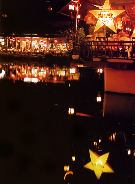Hoi An cafe on the river at night