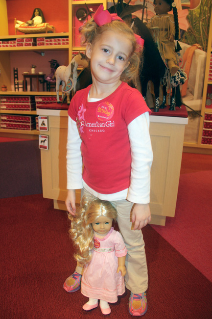 Shop_Autumn-with-her-dolly