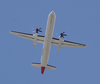 QantasLink (Sunstate Airlines)'s De Havilland Canada DHC-8-402Q Dash 8, VH-QOF, taking off from Sydney Airport