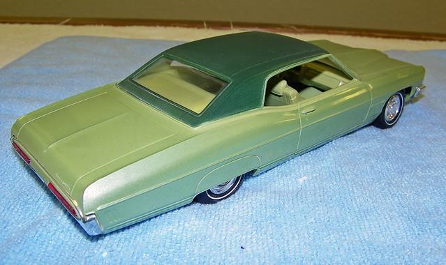 1970 pontiac bonneville 2 door hardtop promo model car pepper green vinyl top over palisade. Black Bedroom Furniture Sets. Home Design Ideas