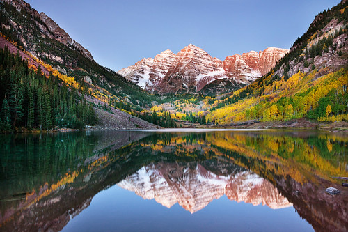 Alpenglow at Maroon Bells