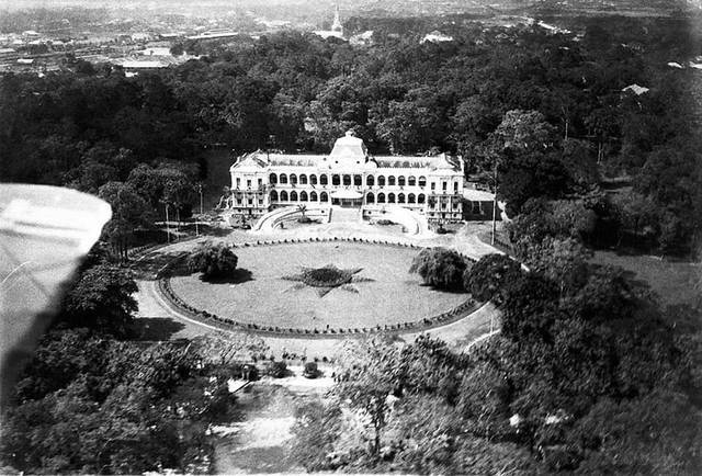 Le Palais du Gouvernement Général (vue d'avion)