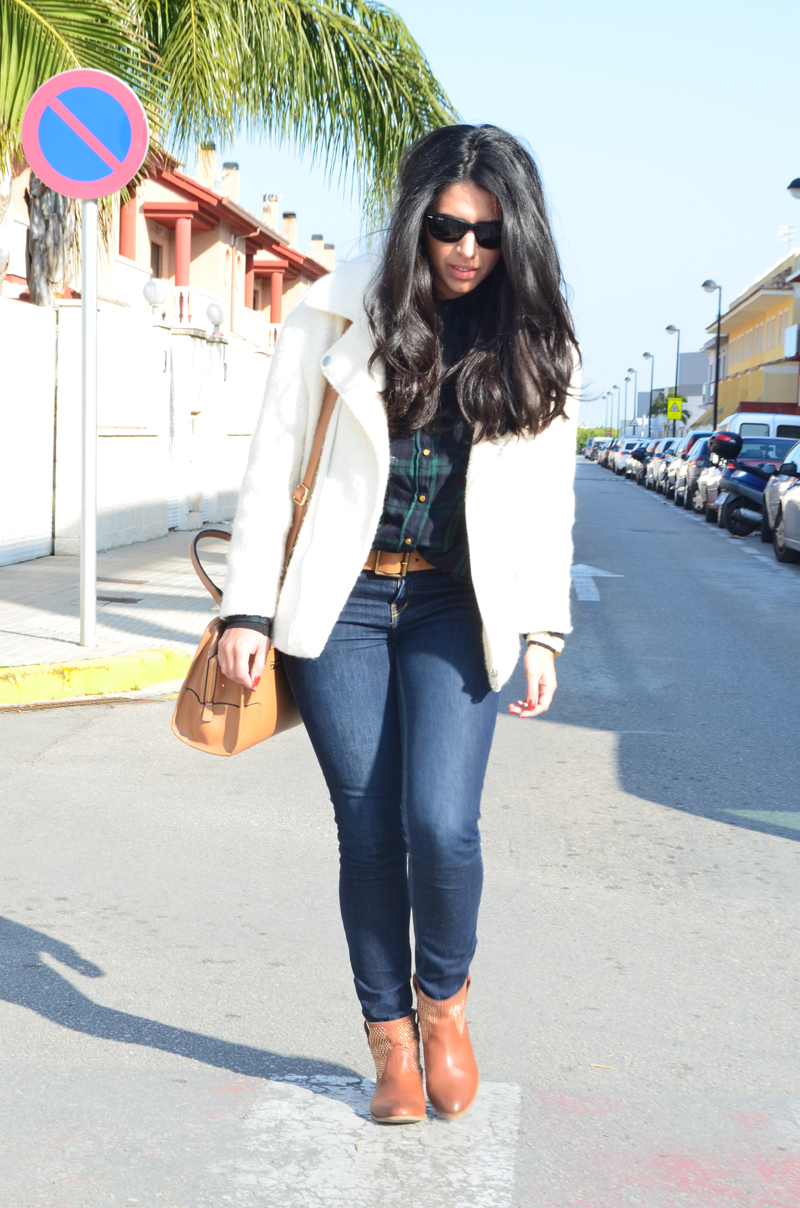 florenciablog chaqueta fieltro inspiration tartan cream jacket casual look bloggers gandia (7)