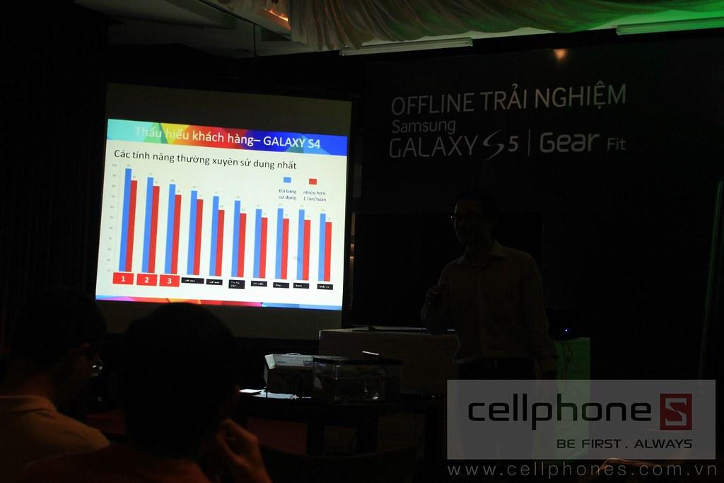 Sforum - Trang thông tin công nghệ mới nhất 13300829185_300b7d310d_b Hình ảnh buổi Offline: Trải nghiệm Galaxy S5