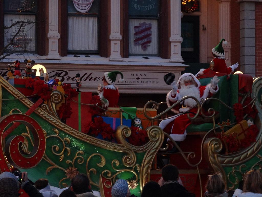 Un séjour pour la Noël à Disneyland et au Royaume d'Arendelle.... - Page 4 13695634065_57e6b3c335_b
