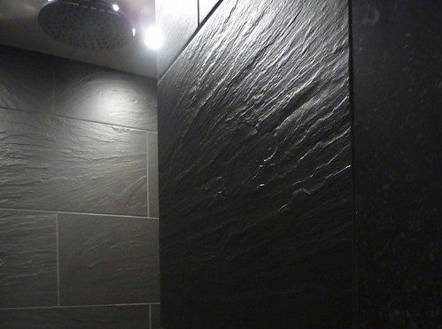 metalstone-salle-de-bain-pierre-bleue-du-hainaut-2