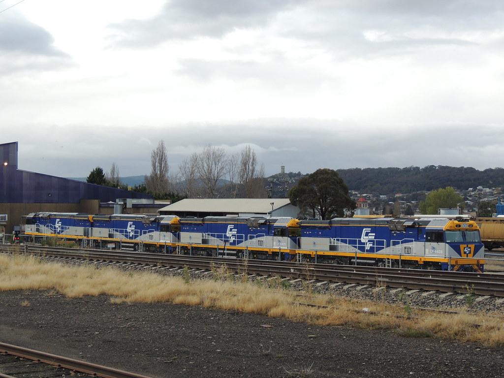 CF4408, CF4409, CF4410 and CF4407 at Goulburn by Azza01