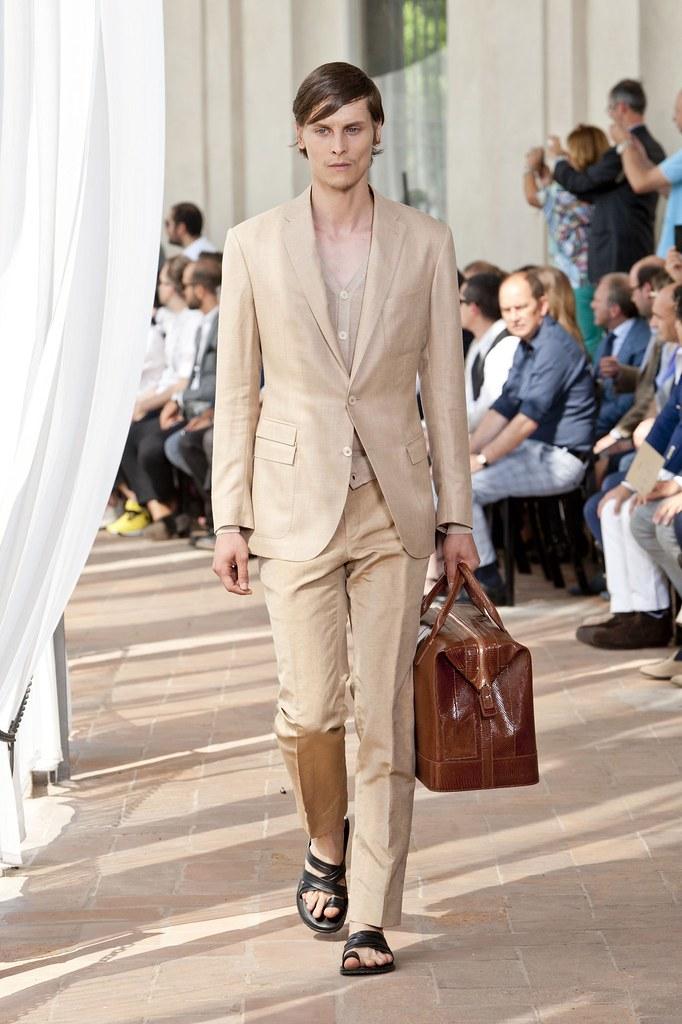 SS14 Milan Corneliani031_Tomek Szczukiecki(fashionising.com)