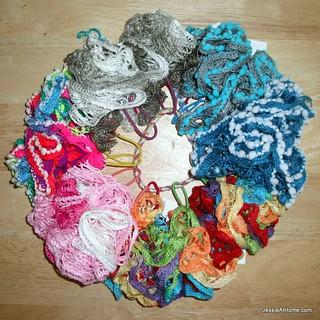 Free-Crochet-Pattern-Net-Yarn-Hair-Puff