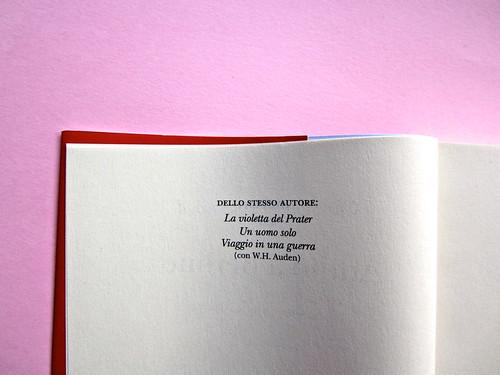 Christopher Isherwood, Addio a Berlino. Adelphi 2013. [responsabilità grafica non indicata]. Pagina del colophon (part.), 1