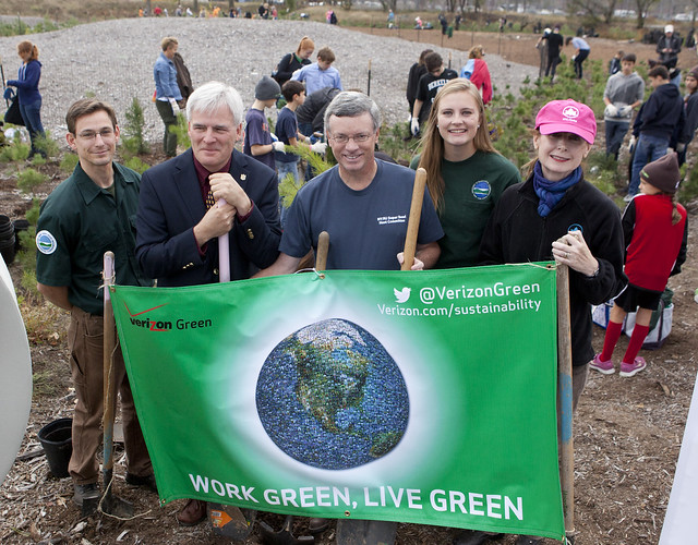NFL, NYC Parks and Verizon Planting 20,000 trees in Rockaway Park