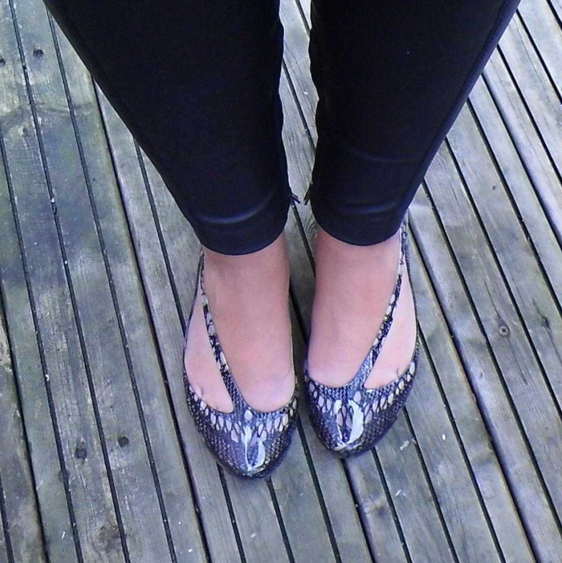 Mel Flat Shoes