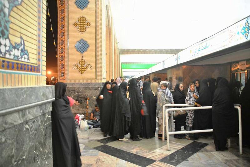 152 Entrada a la Mezquita Iman Reza en Massahd (7)