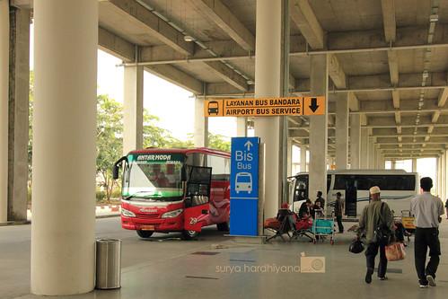 Bus Bandara Kuala Namu, Surabaya