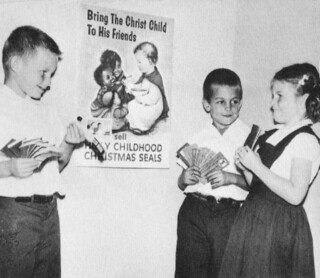 Marymount Junior School Brentwood, CA actor Mark Harmon  1958 1st grade ( in the middle)