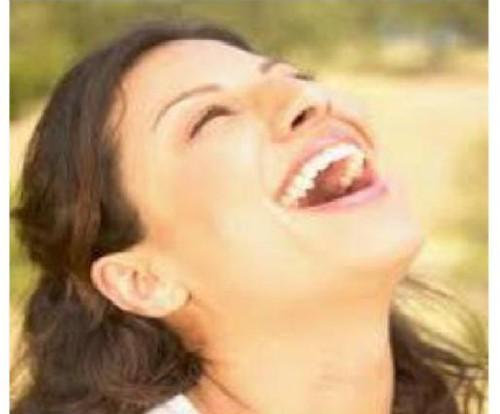 Terapi tertawa: hilangkan Stres dan Cegah penyakit