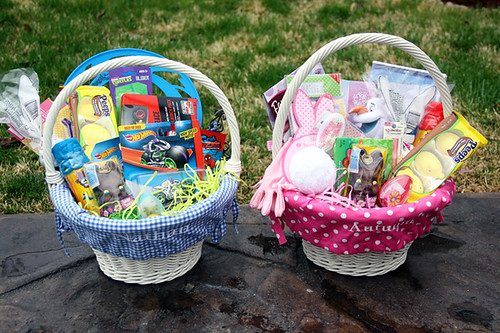 Nat-and-Aut-Easter-Baskets-Patio