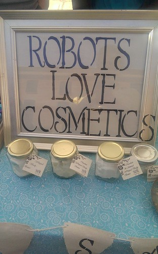 Robots love Cosmetics
